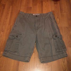 Arizona Jean Co. Cargo Shorts (Size 29)